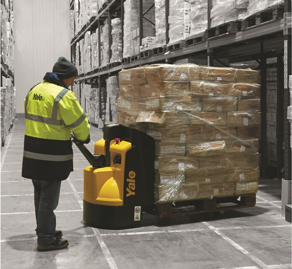 Logistics BusinessYale Powered Pallet Truck is the Smart Choice