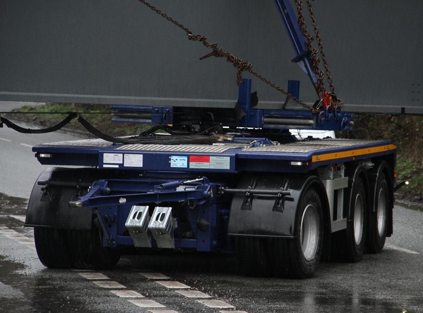 Logistics Business3 AXLE DOLL BOGIE ENTERS THE UK MARKET