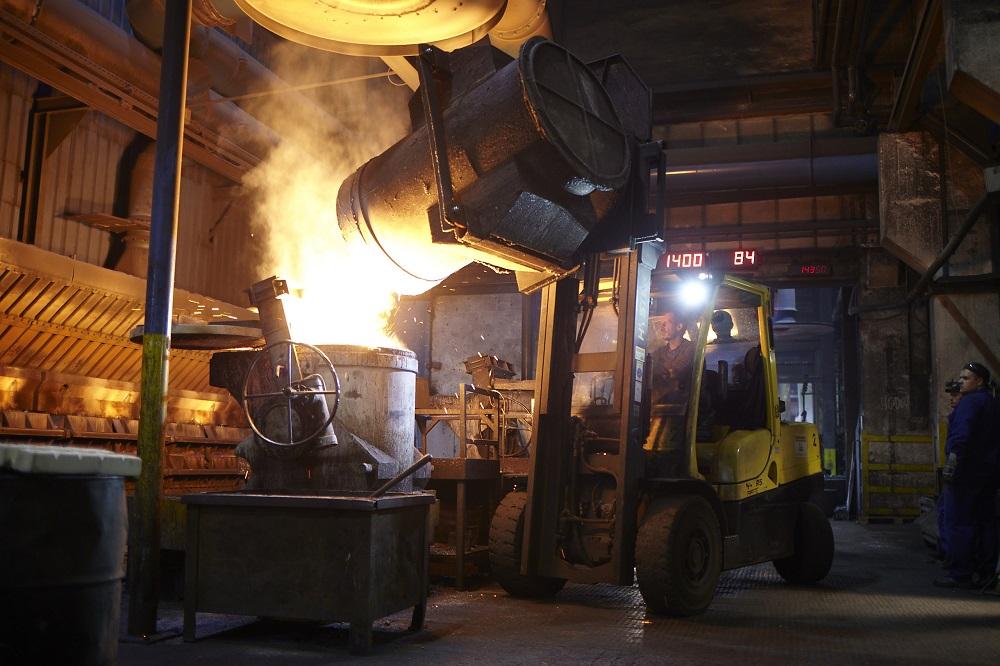 Logistics BusinessEisenwerk Martinlamitz (EWM) relies on tough materials handling equipment from Hyster