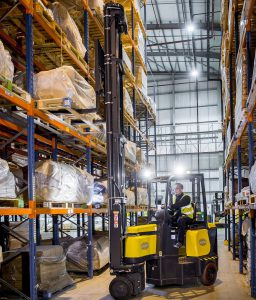 Logistics Business15m Lift Beds Down Happily With Major UK Retailer