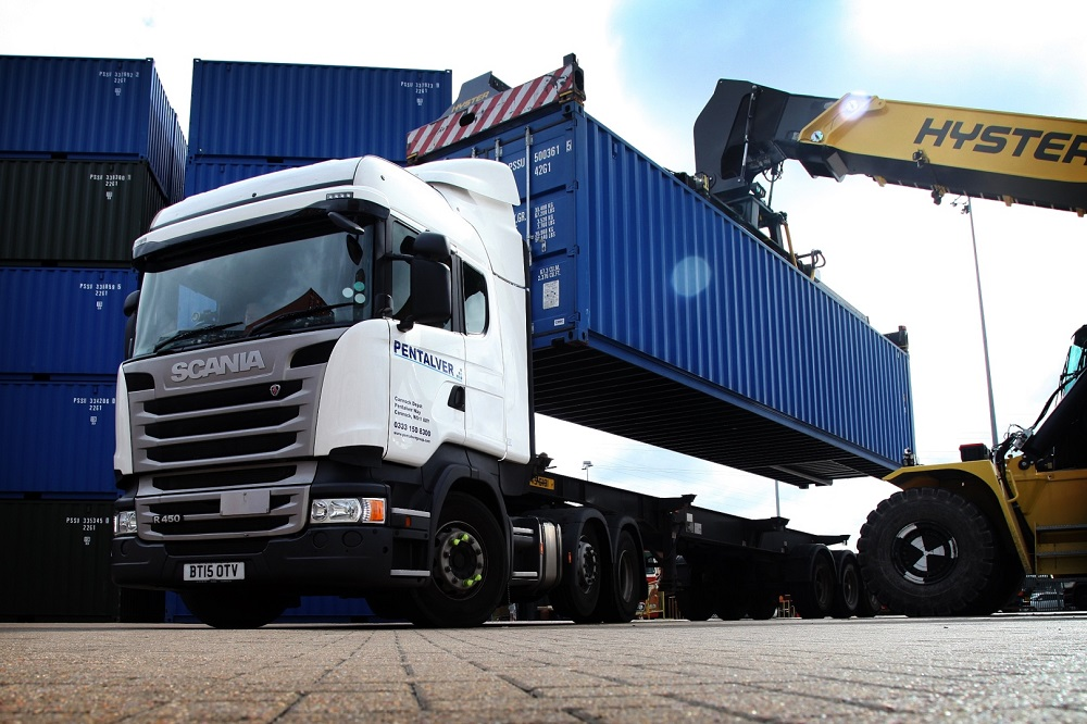 Logistics BusinessPentalver boosts fleet with 52 Scania R450SCRs