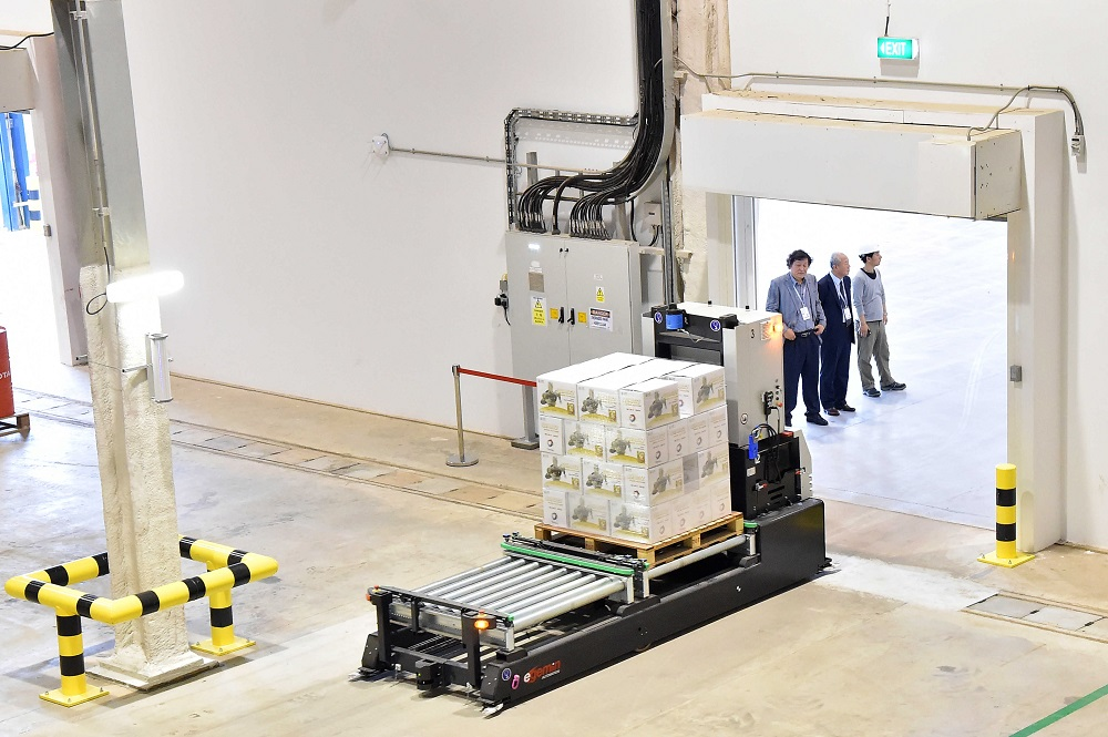 Logistics BusinessSingapore production site automated