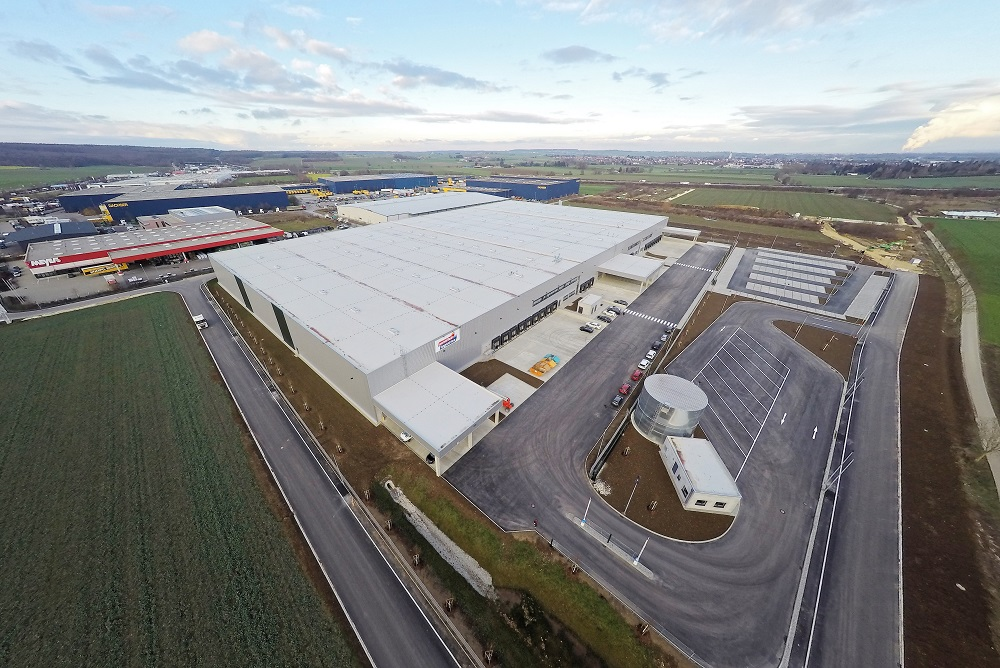 Logistics Business80% Growth in UK Industrial Property Investment in 2017, Claims Report