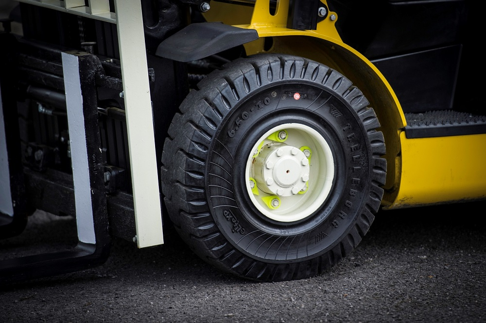 Logistics BusinessTrelleborg tyre-saving technology pays off for Yale customers