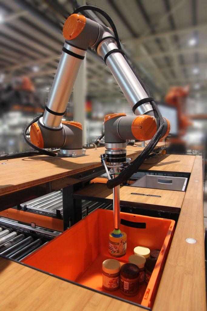 Logistics BusinessVanderlande to Showcase Smart Item Robotics at LogiMAT 2017