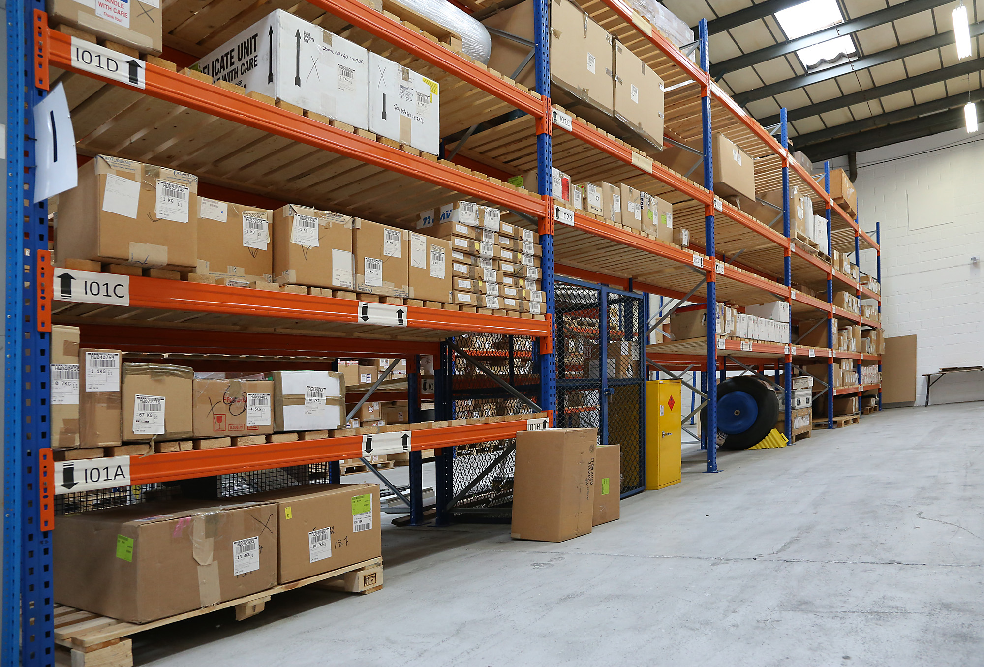 Tips To Boost Warehouse Storage And Handling Efficiency