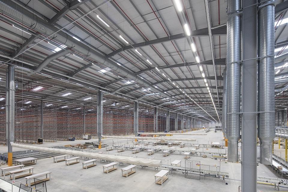 Logistics BusinessVerdion Completes Amazon Mega Shed at South Yorkshire Site
