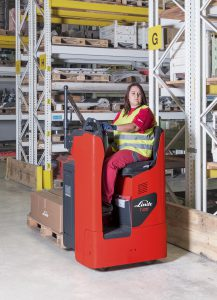 Logistics BusinessNew Linde Trucks with Lateral Driver's Seat