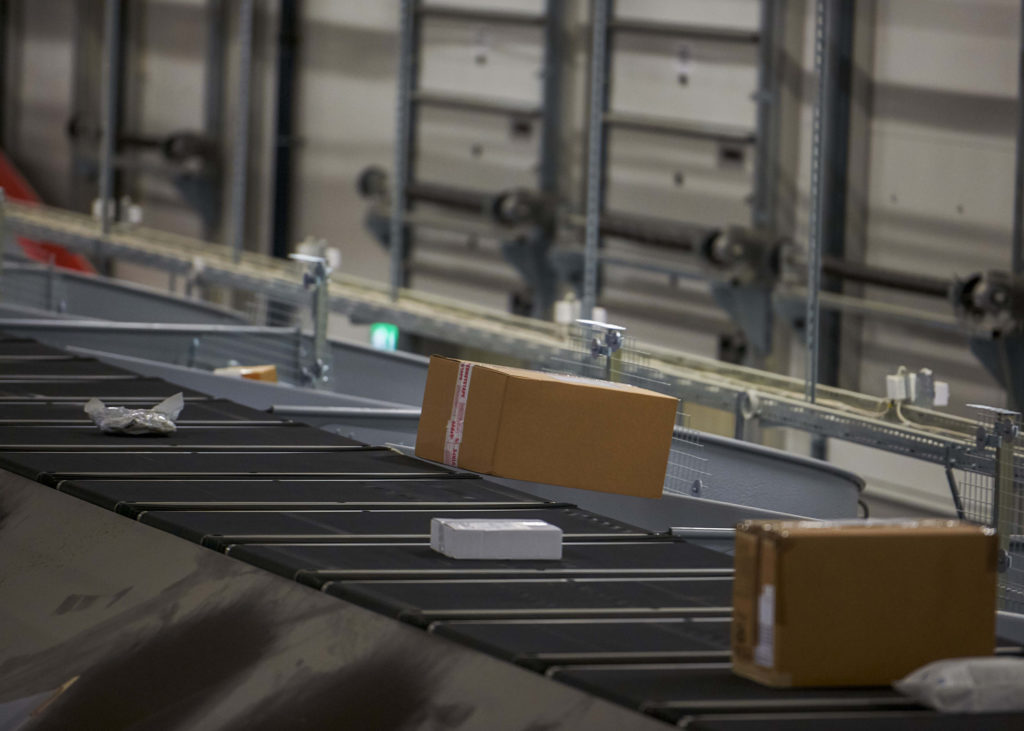 Logistics BusinessLargest Automated Parcel Sortation System in NZ Up and Running