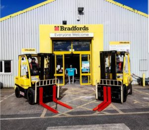 Logistics BusinessHyster and Combilift Trucks in New Briggs Deal for Bradfords Group