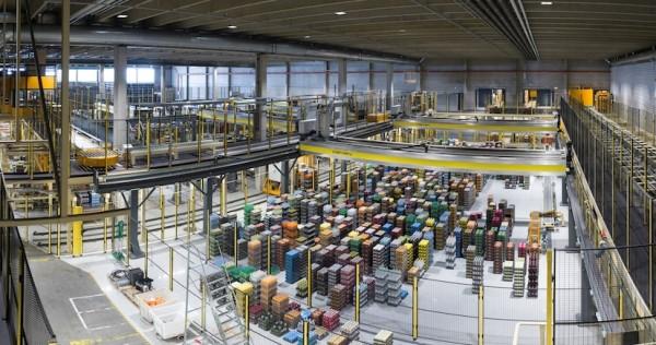 Logistics BusinessBrewery Installation for Gantry Robot Maker Cimcorp
