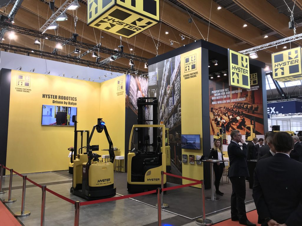 Logistics BusinessHyster Highlights Robotic and Lithium-ion Technology