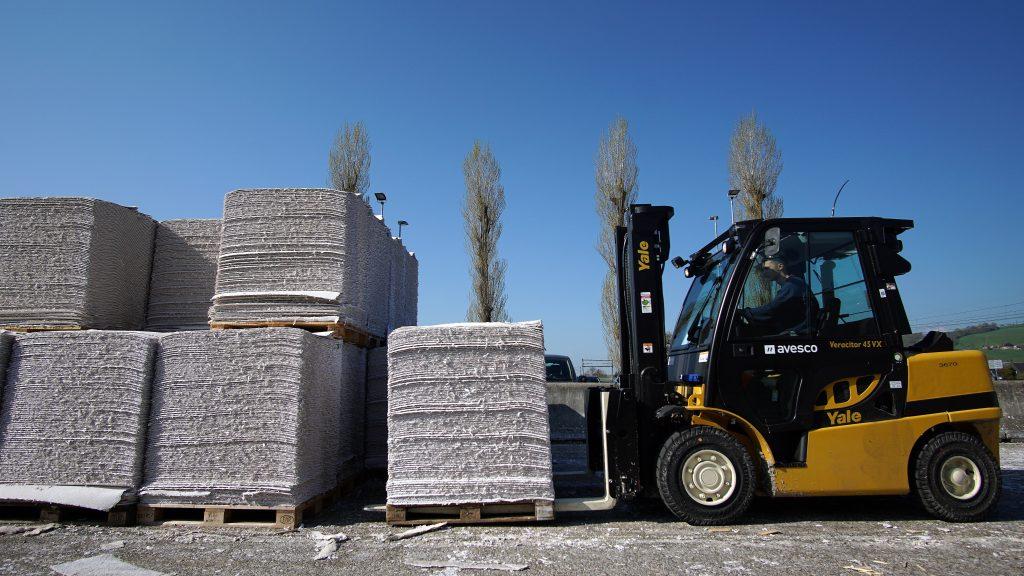 Logistics BusinessCase Study: How Yale Dealer Helped Soft Paper Producer