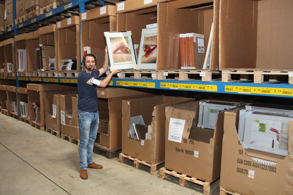 Logistics BusinessOptimize Omnichannel Fulfilment