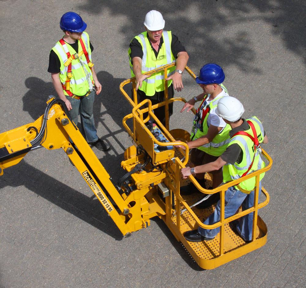 "Logistics BusinessUK Mobile Plant Users ""Face Compliance Risk"""