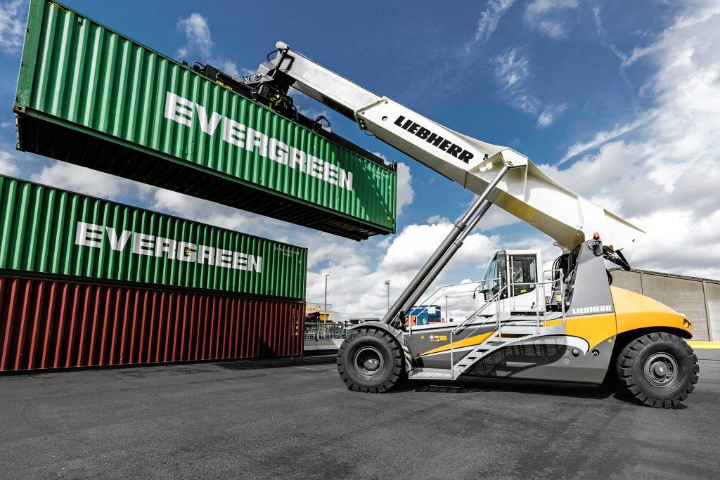 Logistics BusinessLiebherr Wins First Reachstacker Order in Australia