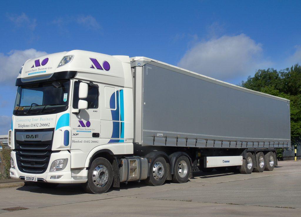 Logistics BusinessOakley Transport Switch to Krone for Lightweight Flexibility