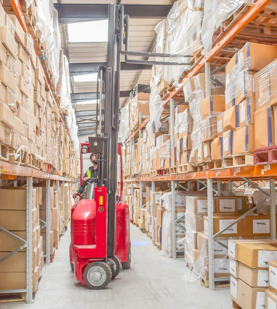 Logistics BusinessCase Study: VNA Technology Ensures High Pallet Capacity