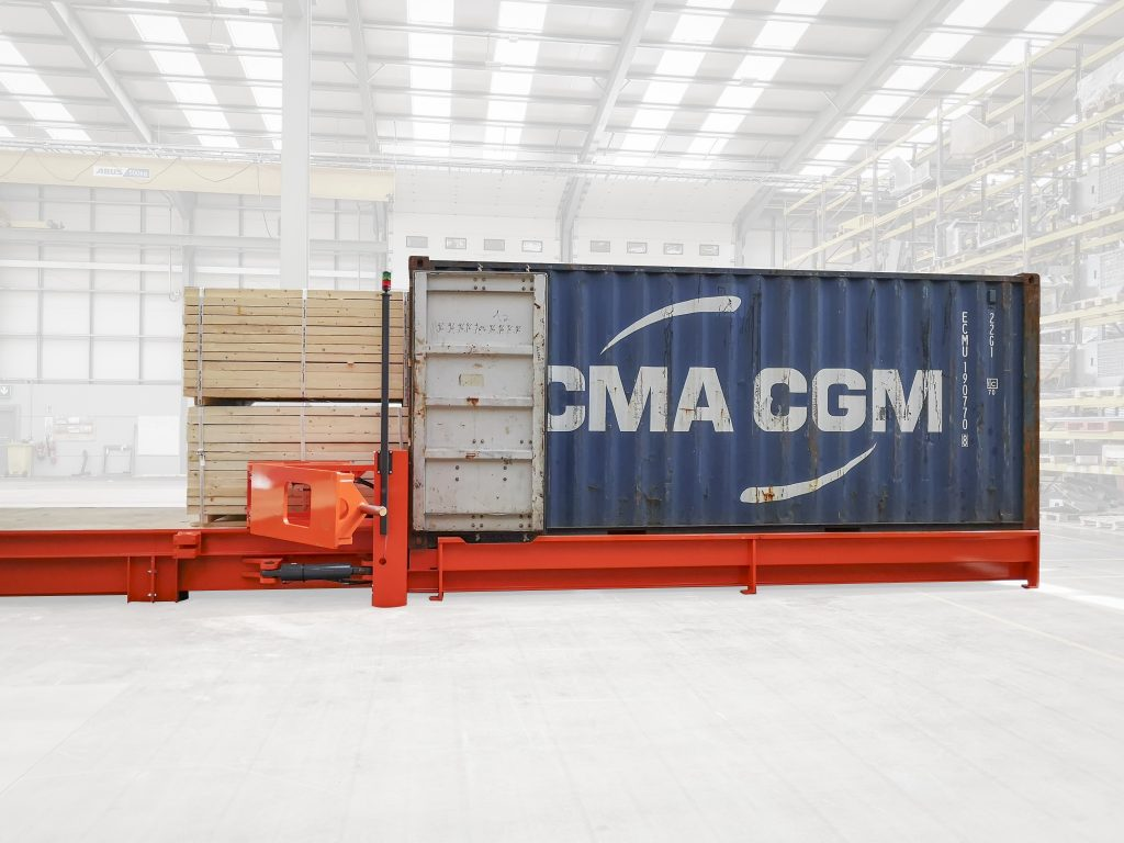Logistics BusinessThree-Minute Container Loading from Combilift's CSS