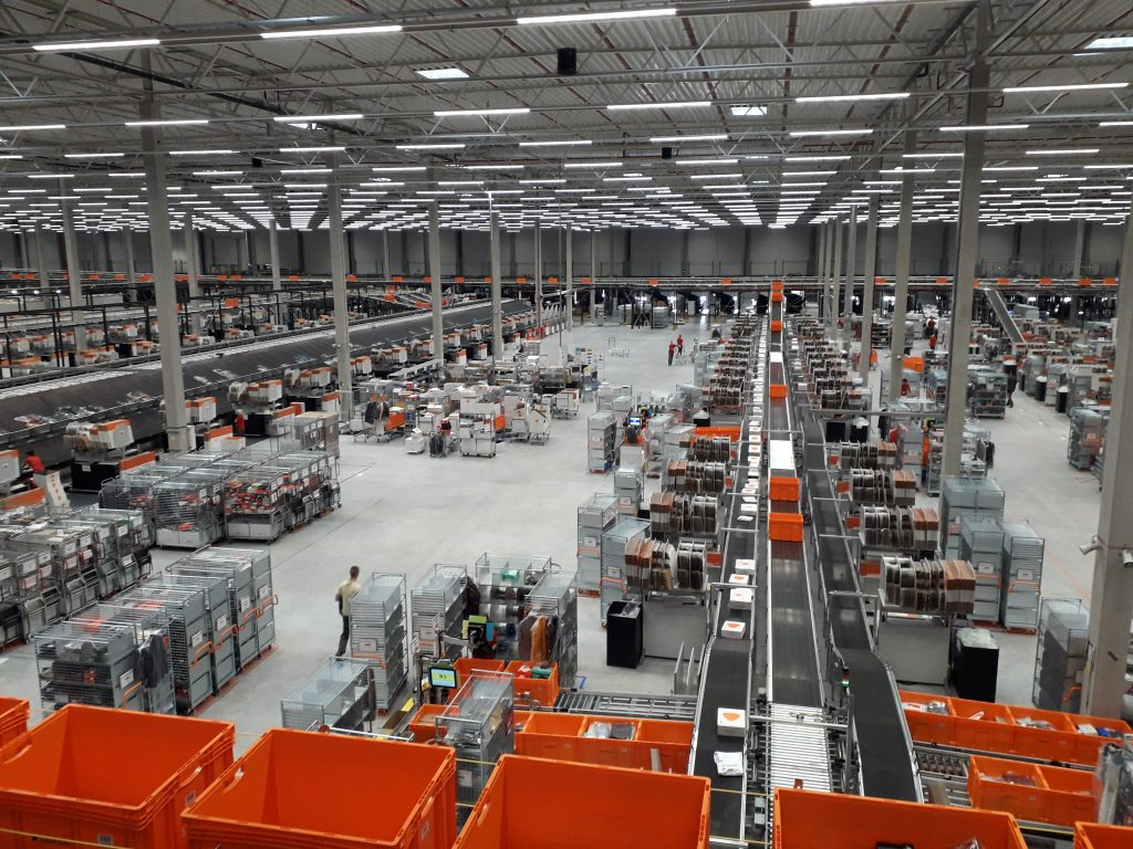 Logistics BusinessTGW Hands Over Lodz Fulfilment Centre for Online Fashion Retailer