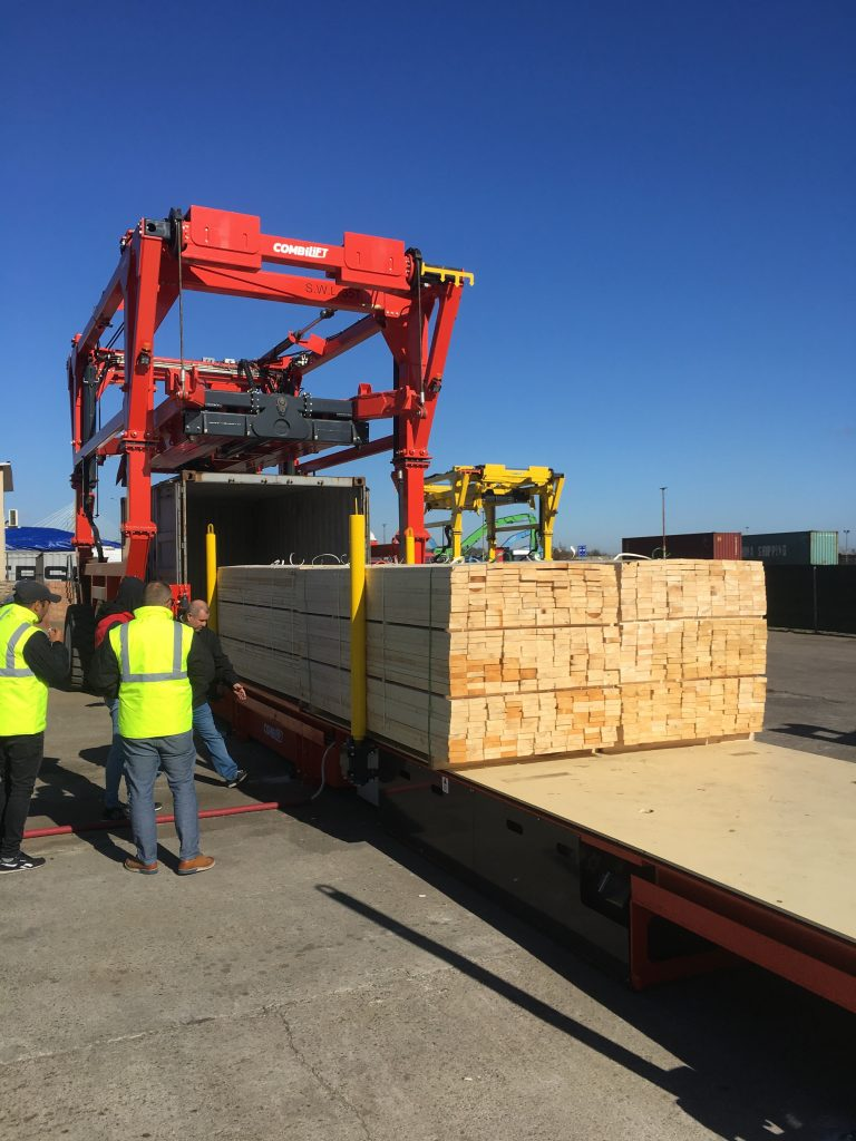 Logistics BusinessCase Study: New Combilift Container Slip Sheet for Fast Freight