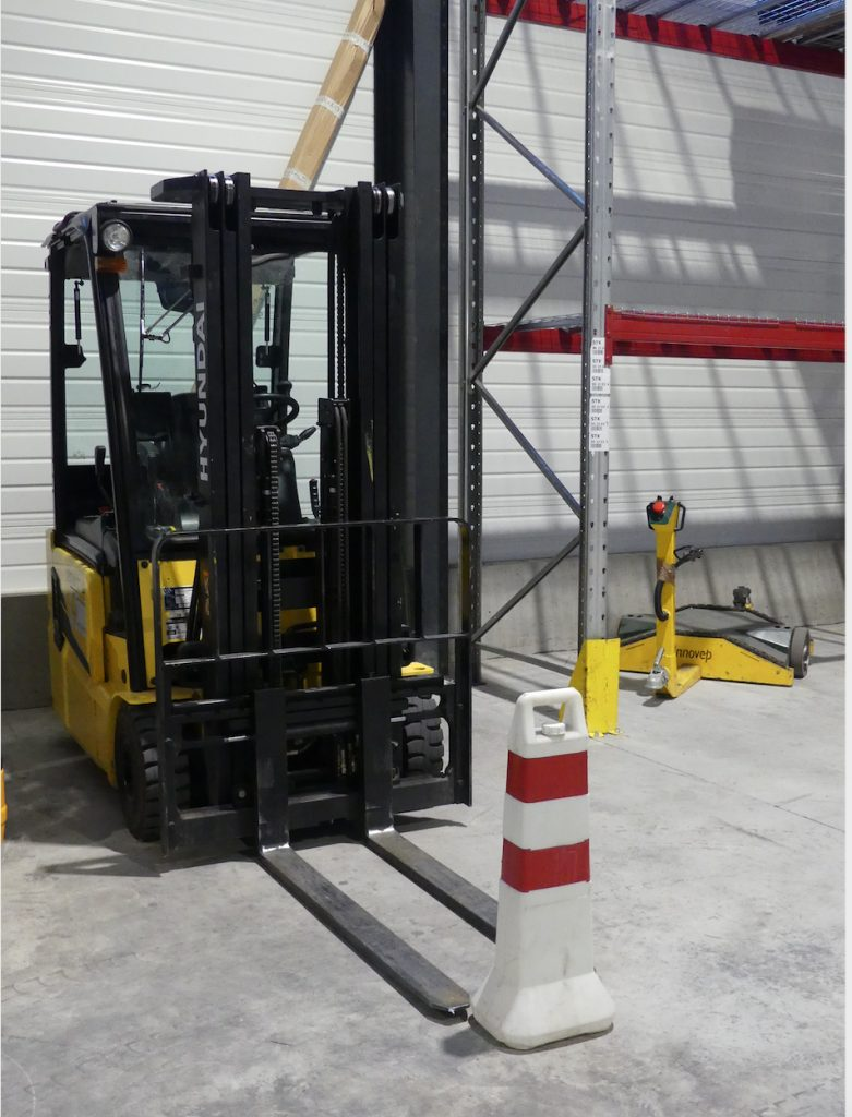 Logistics BusinessEncarna Invests in Hyundai and Expands Forklift Training Courses