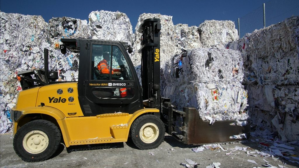 Logistics BusinessPulp and Recycling Options from Yale Material Handling