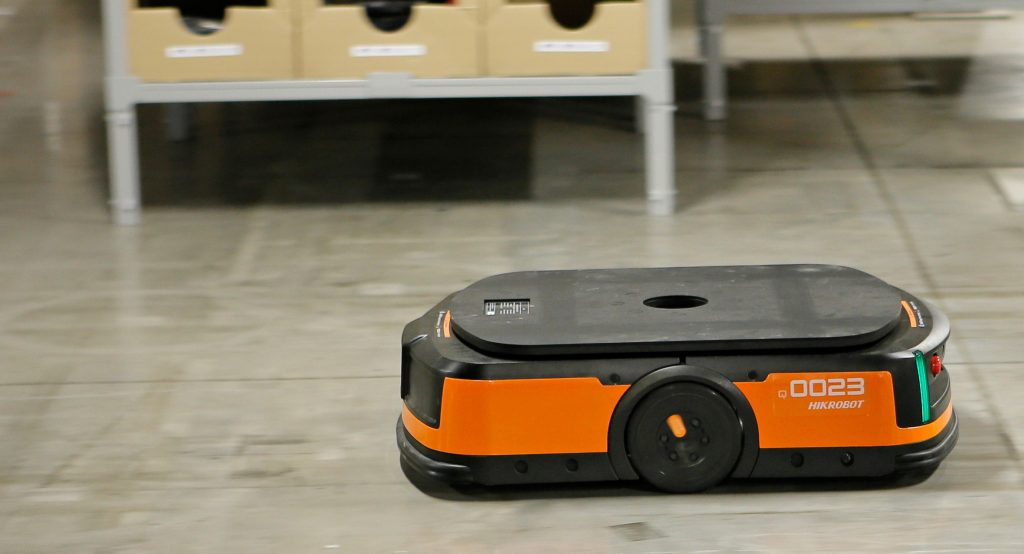 Logistics BusinessLeading the way for the Mobile Robot Takeover