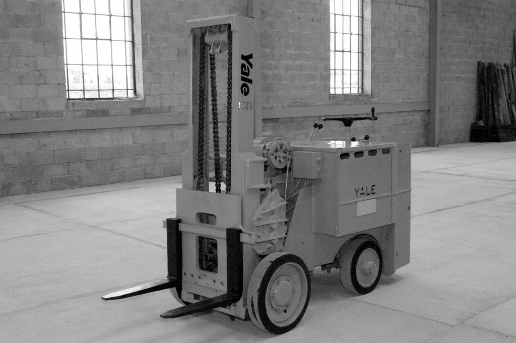 Logistics BusinessYale Celebrates 100 Years of Electric Trucks with Lithium-Ion Extension