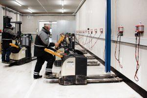 Logistics BusinessConserve Battery Power in Refrigerated Environments