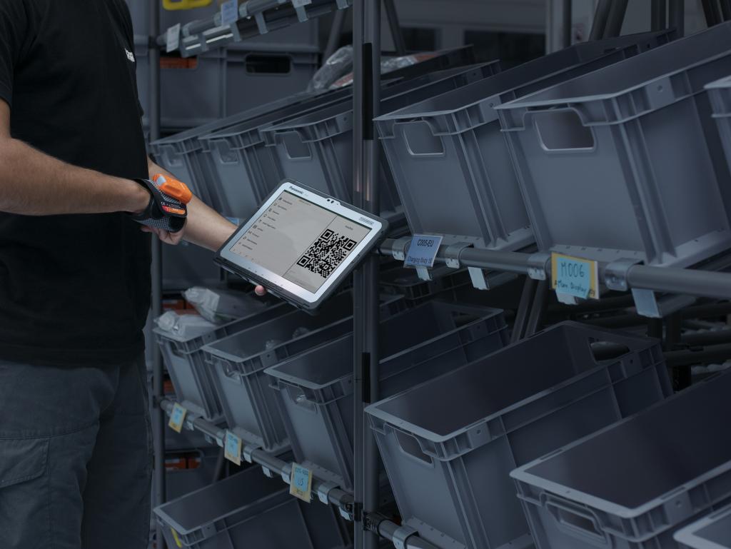 Logistics BusinessSeamless Rugged Wireless Barcode Scanning