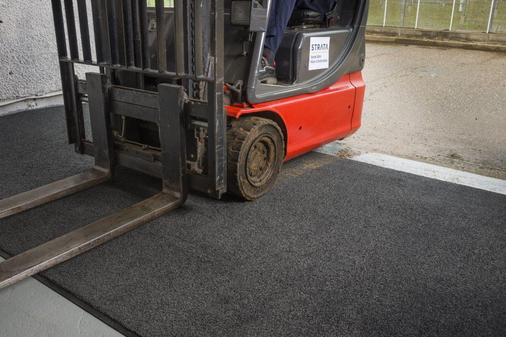 Logistics BusinessA Clean-Start for Warehouse Flooring