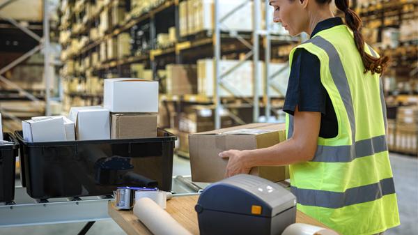 Logistics BusinessTrends 2021: Warehouse Automation
