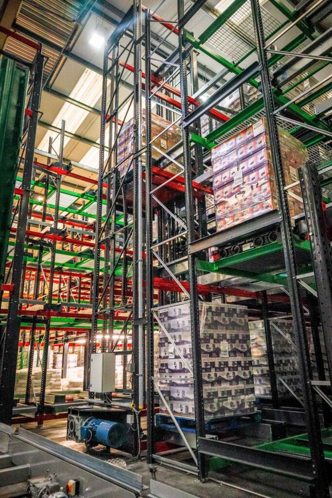 Logistics BusinessWarehouse Reaching New Heights