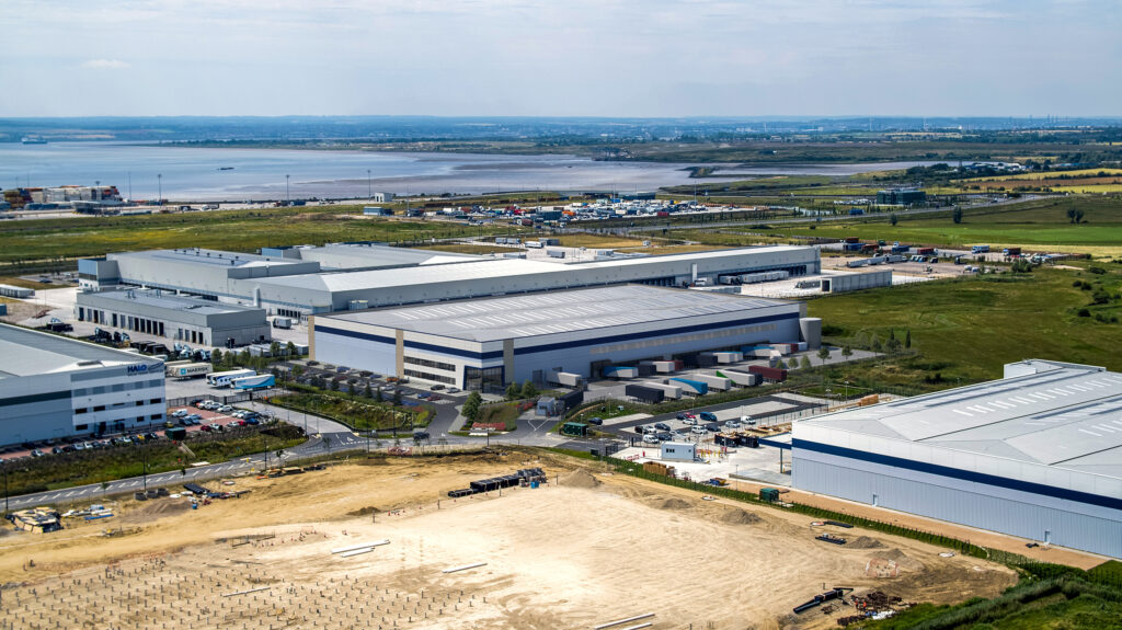 Logistics BusinessNew Warehousing in London Fast-tracked