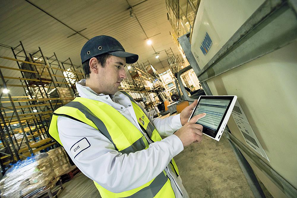 Logistics BusinessBigging up Data Analytics