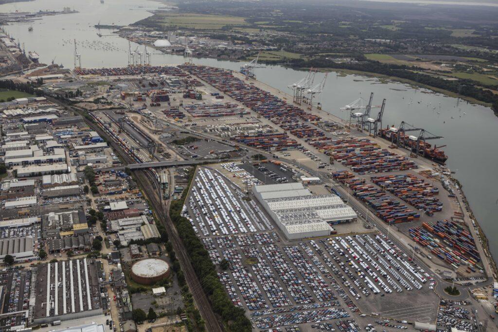 Logistics BusinessXpediator integrates and rebrands UK logistics division