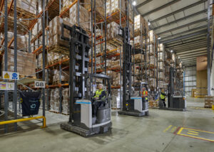 Logistics BusinessUniCarriers provides VNA solution to Delamode