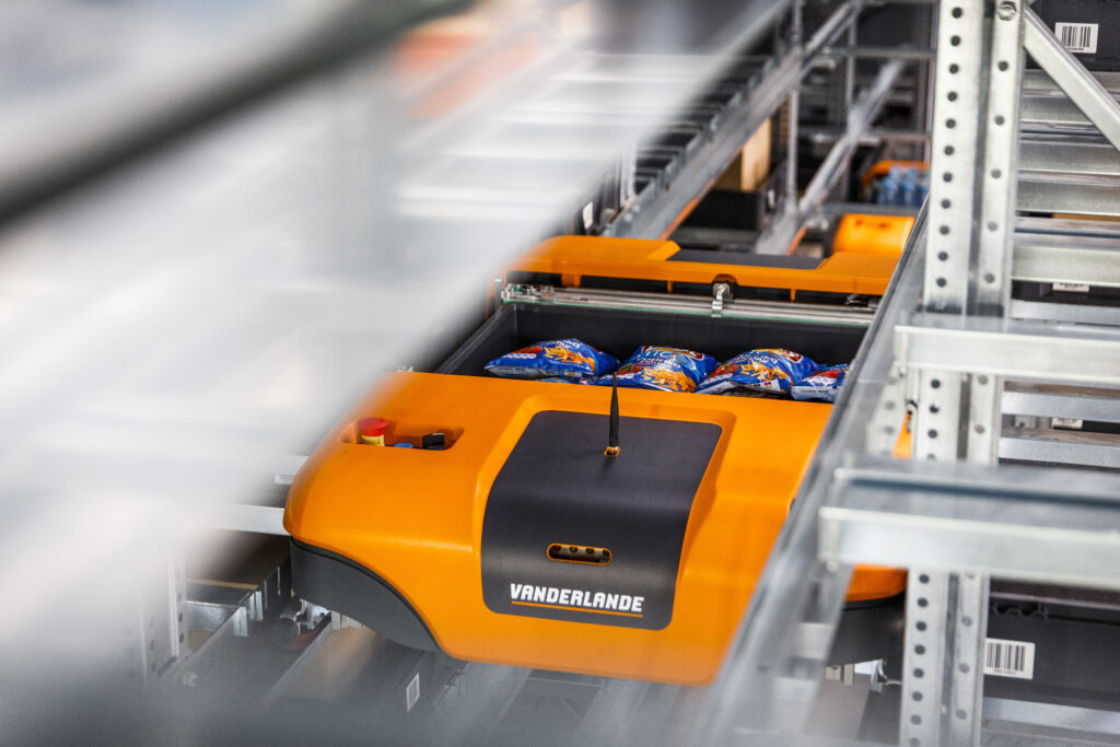 Woolworths selects robotised solution for Sydney DC