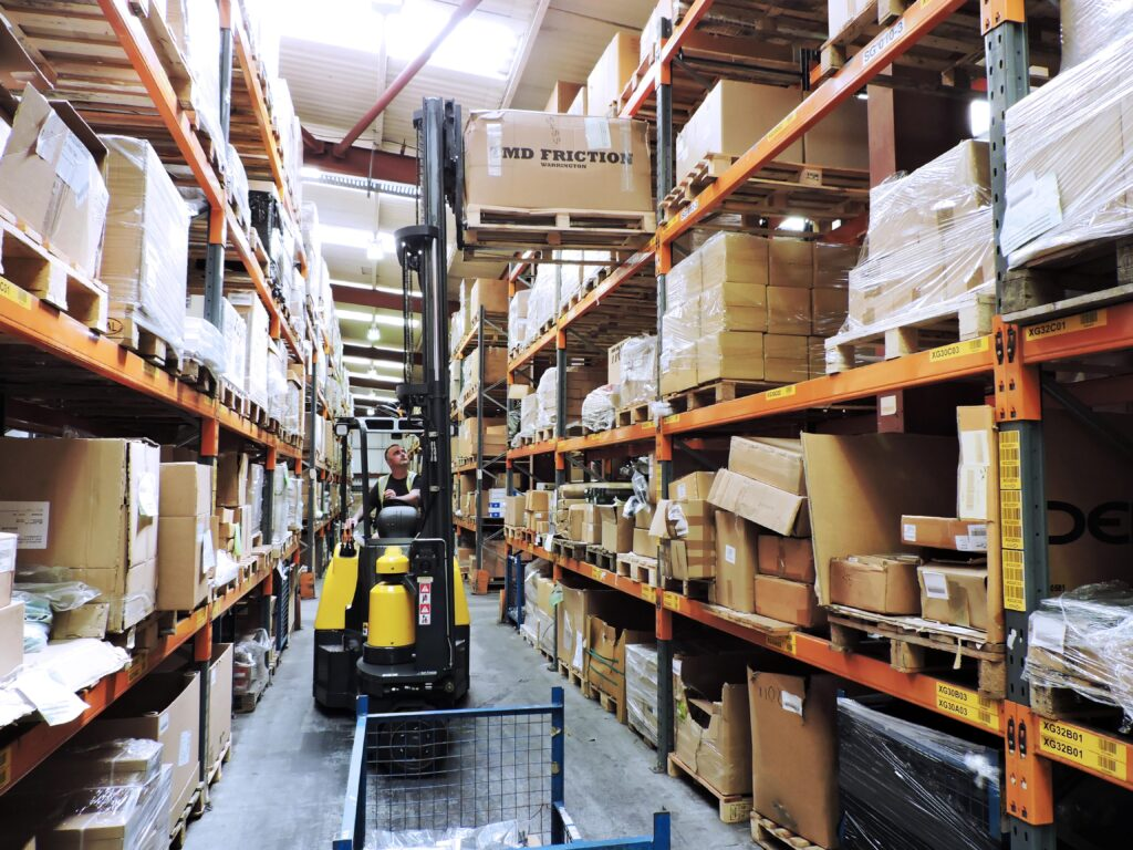 Improved storage density for auto parts distributor