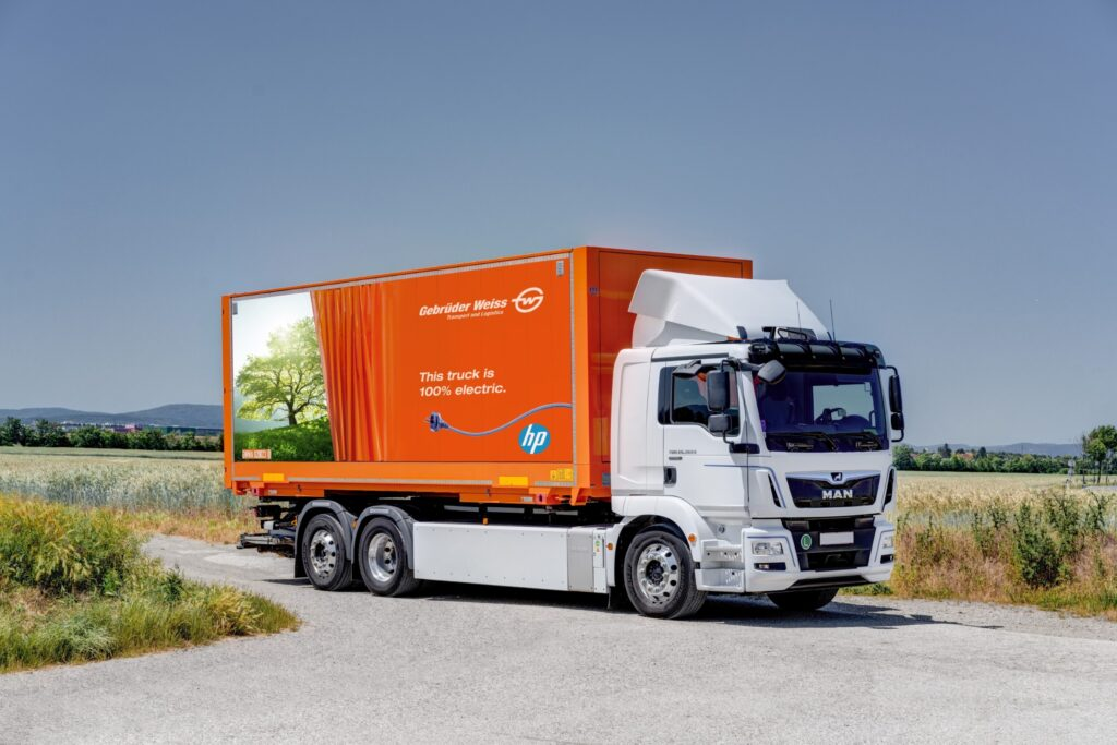 Electric truck transports HP products in CEE
