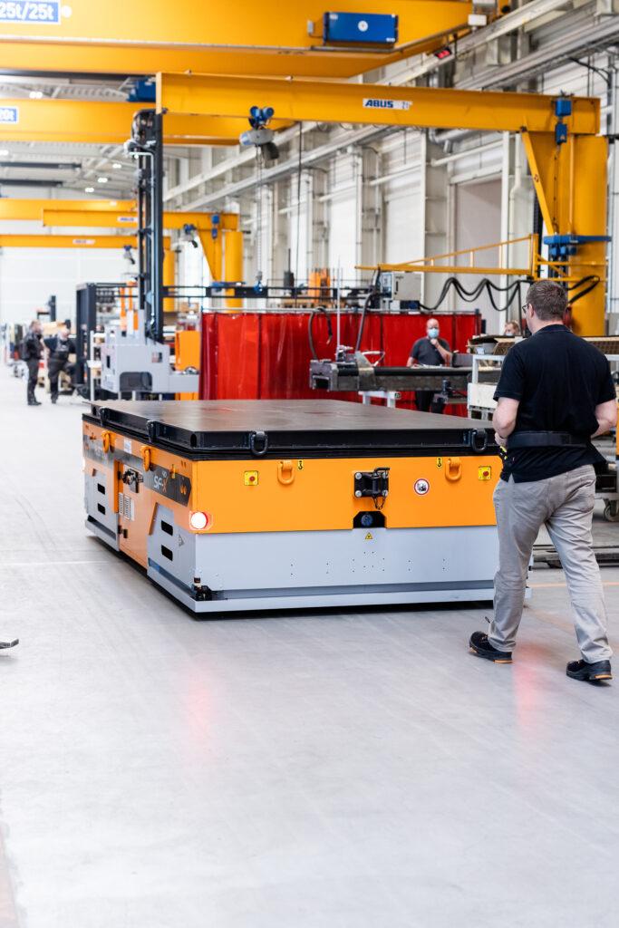 Logistics BusinessHubtex develops new platform transporters