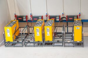 Logistics BusinessBattery maintenance for electric forklifts during downtimes