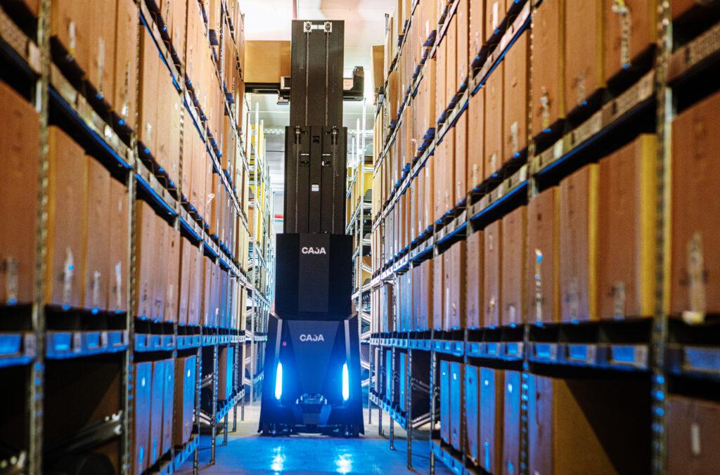Logistics BusinessCaja futurises warehouses with ease