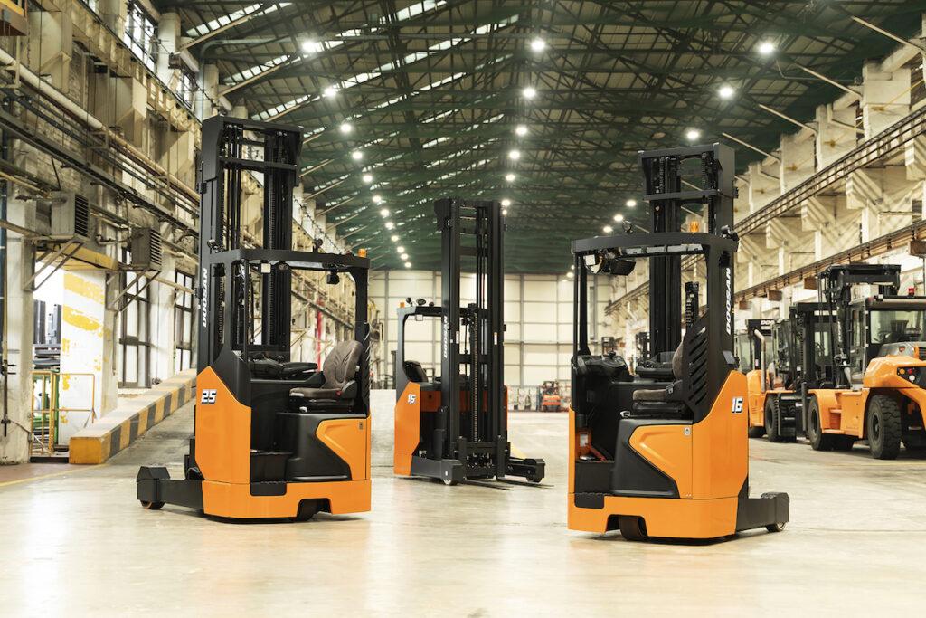 Logistics BusinessDoosan launches new reach truck series